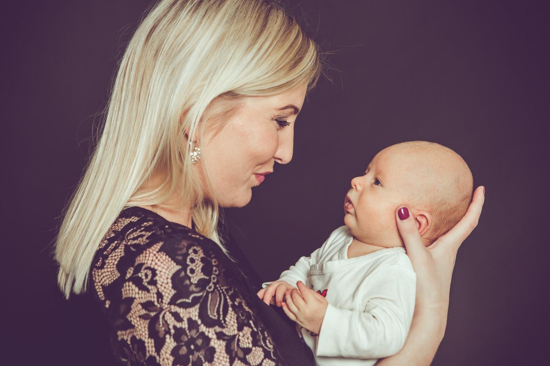 jessica-ganser-fotografie-baby-aachen-family-mietstudio-12