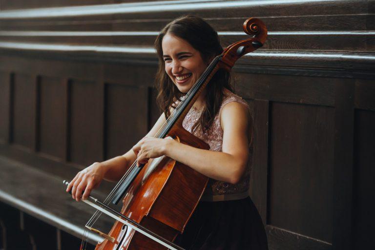 Jessica-Ganser-Fotografie-Musik-Musiker-sänger-klavier-cello-musikshooting-19