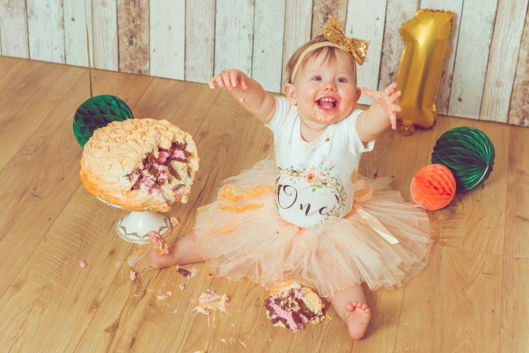 Jessica-Ganser-Fotografie-smash-cake-kindershooting-babyfotografie-kleinkinder-kids-aachen-nrw-10