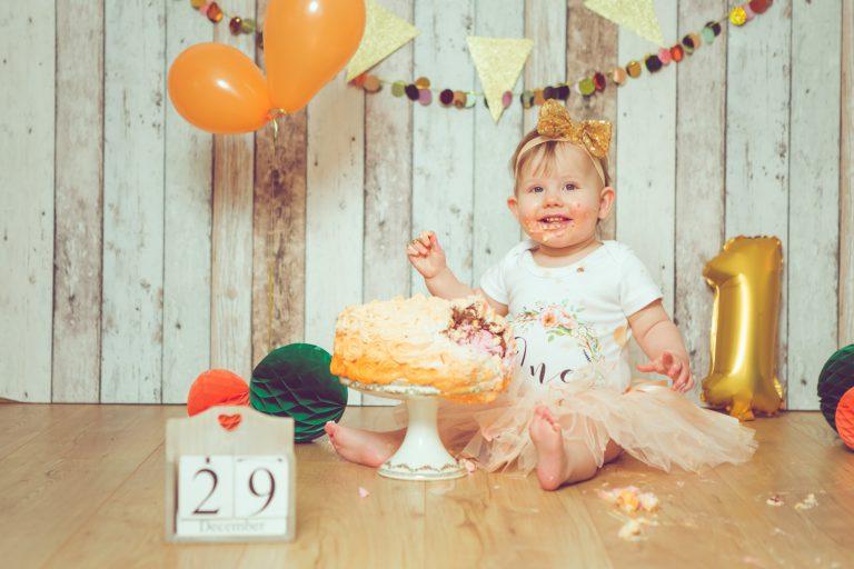 Jessica-Ganser-Fotografie-smash-cake-kindershooting-babyfotografie-kleinkinder-kids-aachen-nrw-44