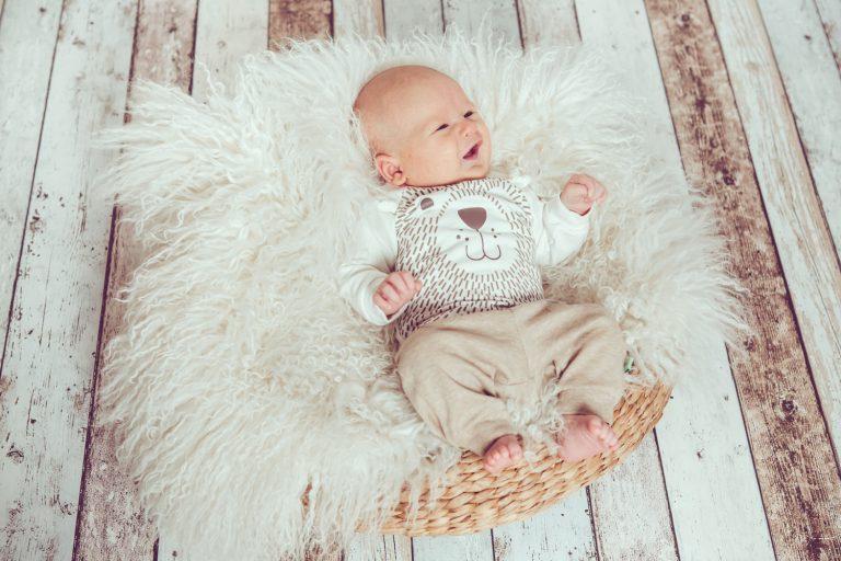 jessica-ganser-fotografie-baby-aachen-family-mietstudio-1